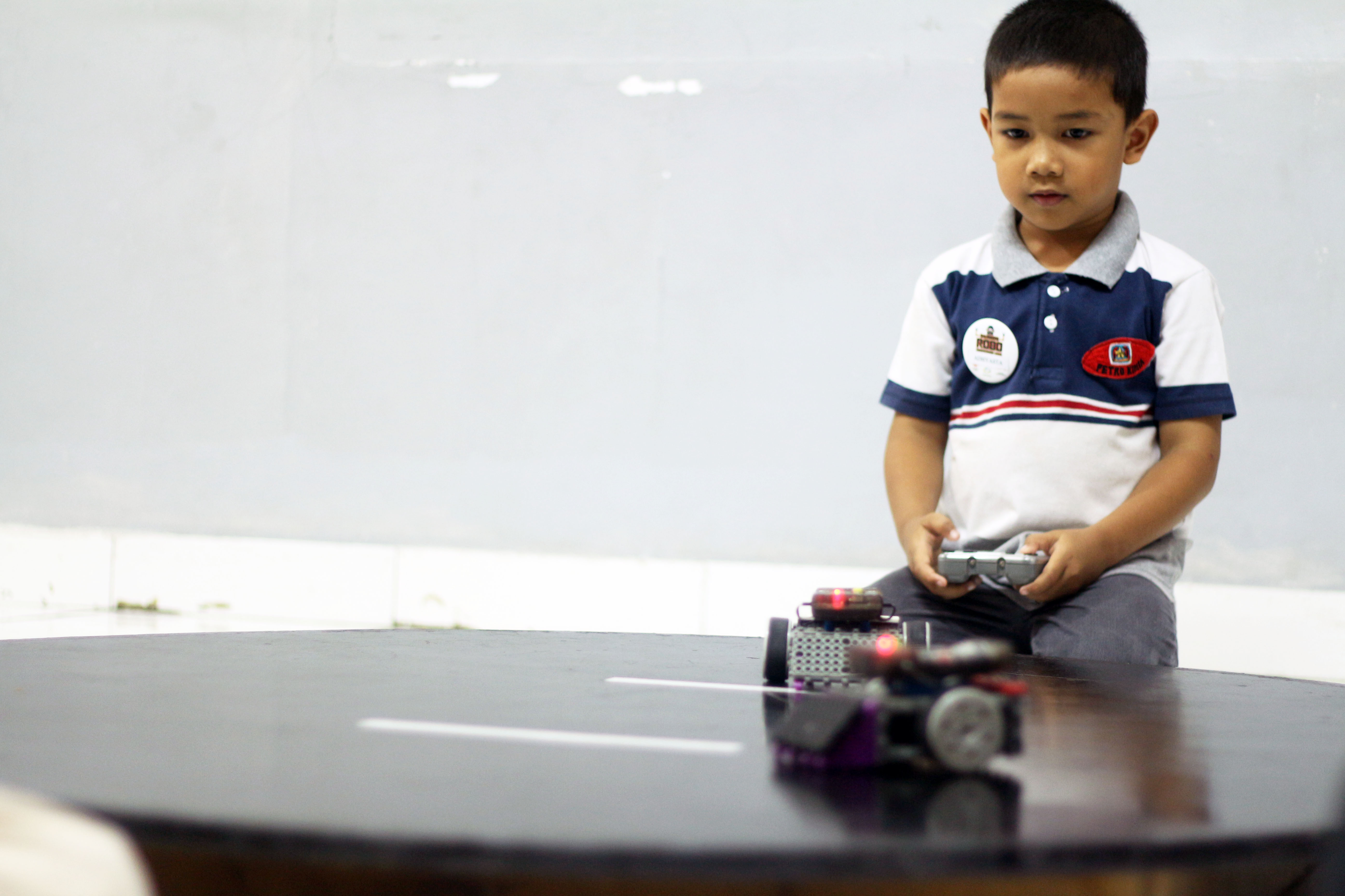 SD Edu Global Holds Robotics Competition with Bandung Robotic School